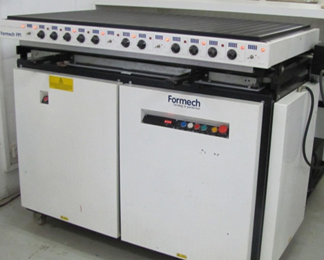 Formech FP1 vacuum former Polytech